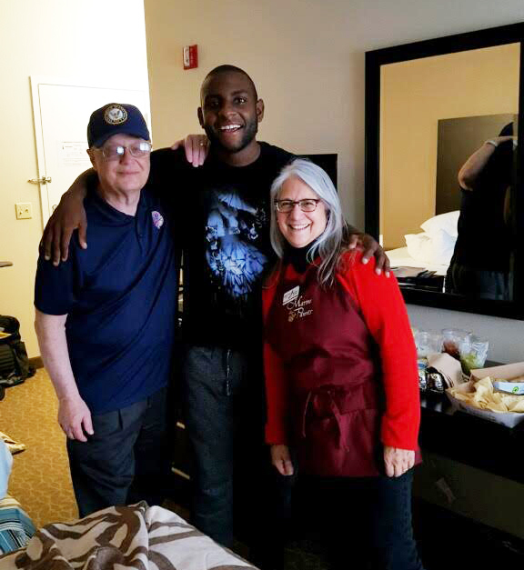 Volunteers visit Airman at Walter Reed Medical Facility
